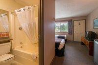 Backpacker style rooms at Hacas Inn